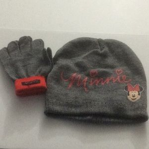 NWOT Minnie Mouse Hat & Mittens Set Youth Gray